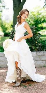 style wedding dresses best 25 country wedding dresses ideas on country chic