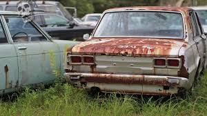 junkyard car youtube amazing lost cars in japan ghost rusty old japan cars cool