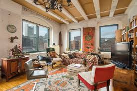 fort point live work loft with plenty shelf space looking for