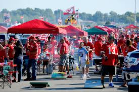 why kansas city chiefs fans are indeed the worst fans in the nfl