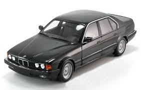 bmw 730i 1 18 minichs bmw 730i e32 1986 blackmetallic pj modelcars