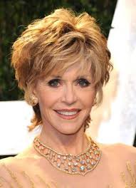 bing hairstyles for women over 60 jane fonda with shag haircut jane fonda in red carpet arrivals at the oscars hollywood