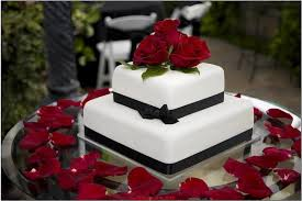 planning a small wedding how to decorate a small wedding cake wedding planning ideas