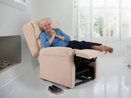 Dual Motor Riser Recliner Chair Theraposture Adjustable Beds And Reclining Chairs For Assisted