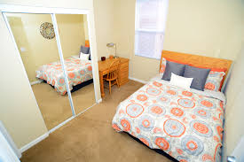 Bedroom Furniture For College Students by College Station Apartments Student Apartments In Normal Il