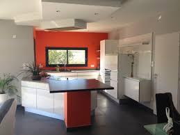 cuisine blanche mur framboise mur framboise et gris exquisit cuisine couleur