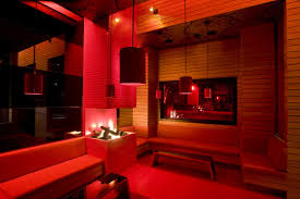 red living room u2013 modern house