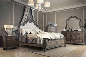 Traditional Style Bedroom - traditional bedroom furniture