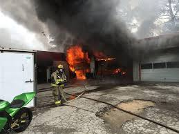 Overhead Door New Bern Nc by Updated Fire Burns Auto Garage In Havelock News New Bern Sun