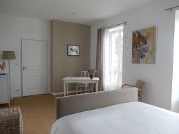 chambre taupe et lin chambre adulte blanc et taupe idee couleur chambre la coucher en