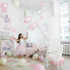 chambre lit baldaquin le lit baldaquin enfant comment faire la déco pour la chambre