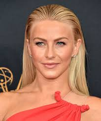 what kind of hairstyle does julienne huff have in safe haven julianne hough s slicked back look 21 straight hairstyles to