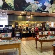 barnes and noble hours black friday barnes u0026 noble booksellers 37 photos u0026 66 reviews bookstores