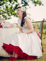 50 s style wedding dresses 50s style vintage wedding shoot the wedding community