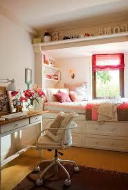 chambre moderne fille chambre ado chambre moderne fille ado bureau blanc et bois et lit