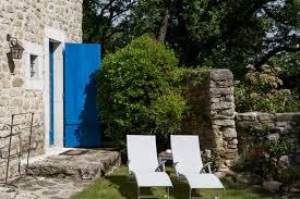 chambre d hote grignan le parfum bleu chambres d hôtes pays de grignan en drôme provençale