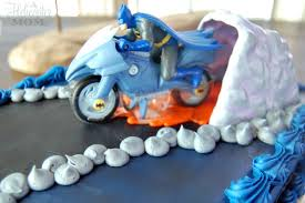 batman birthday cake bakery crafts 25 giveaway a helicopter mom