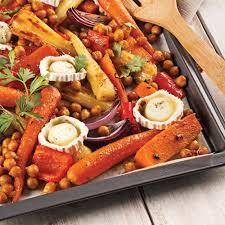 cuisiner des pois chiches pois chiches et légumes à l érable cuits sur la plaque recettes