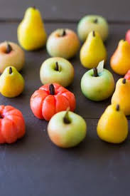how to form marzipan fruits youtube marzipan fruit pinterest