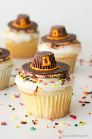 pilgrim hat thanksgiving cupcakes taste and tell
