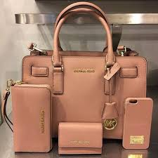 michael kors purses on sale black friday best 25 michael kors ideas on pinterest michael kors bag mk
