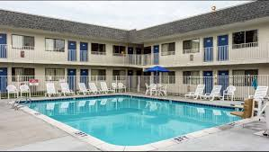 Motel 6 We Ll Leave The Light On For You Motel 6 Twin Falls Hotel In Twin Falls Id 55 Motel6 Com
