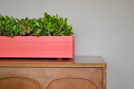 Small Wooden Boxes For Centerpieces by How To Make A Planter Box Centerpiece
