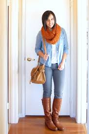 What To Wear With Light Jeans How To Wear Chambray For Fall 7 Style Tips Putting Me Together