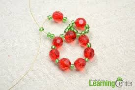 How To Make Christmas Ornaments Out Of Beads - how to make a beaded christmas garland ornament out of glass beads
