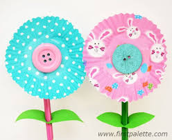 Making Flowers Out Of Tissue Paper For Kids - 252 best cupcake liner crafts images on pinterest cupcake