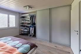 Schrank Im Schlafzimmer Nauhuri Com Offener Kleiderschrank In Kleinem Zimmer Neuesten