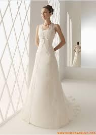 robe de mari e l gante robe de mariée élégante dentelle traîne