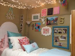 Dorm Room Wall Decor by Wall Ideas College Dorm Wall Decor Design Dorm Room Wall Decor