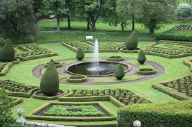 aonach mor luxury holiday accommodation beautiful gardens