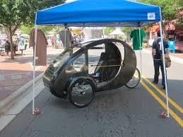 Famosos A mistura de carro e bicicleta que é movida por você e pela  @GL23