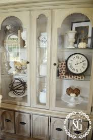 5 easy tips to style a hutch stonegable hutch living room styled windows stonegableblog com