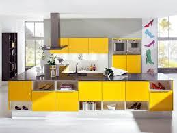cuisine jaune et grise ophrey com cuisine moderne jaune et gris prélèvement d