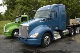 2017 kenworth cabover fuel economy automation among 2017 kenworth highlights today s