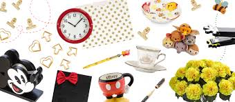 3 disney desk themes renovación oficina pinterest desks and