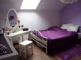 schlafzimmer lila ideen kühles schlafzimmer lila streichen zimmer lila wei