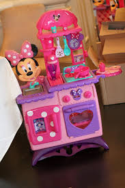 Mickey Mouse Kitchen Set by Minnie Mouse Bow Tique Flippin U0027 Fun Kitchen Toy Review Classy Mommy