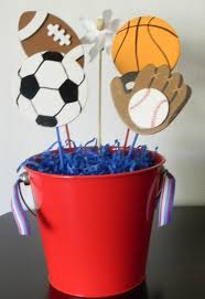 Centerpieces Birthday Tables Ideas by Best 25 Sports Centerpieces Ideas On Pinterest Sports Baby