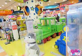 let s visit toys r us 토이저러스 in korea image heavy