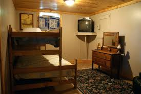 amazing small basement room ideas with bedroom bedrooms pinterest
