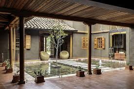 courtyard home modern rustic loma house in ecuador by iván andrés quizhpe