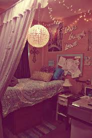 Diy Girly Room Decor Diy Dorm Room With Canopy Beds