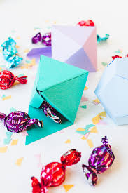 diy christmas tree decorations in geometric shapes with chocolate