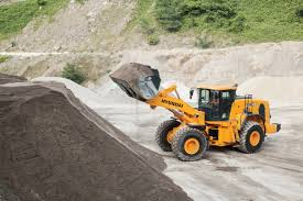 the new hl965 from hyundai construction equipment remediation