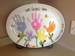 mother u0027s day plate we made with handprints and thumbprints
