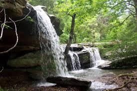 10 hidden waterfalls in illinois